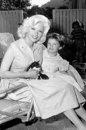 Empire of the chihuahua classic hollywood for How many children did jayne mansfield have
